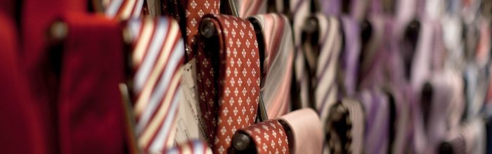 Colours vs Logos: Which Should You Use for Your Corporate Ties?